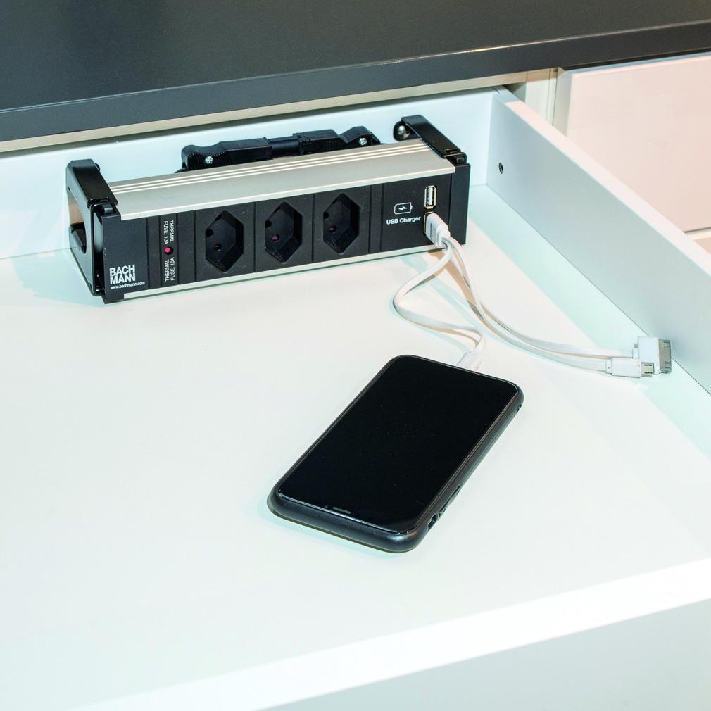 Bloc tiroir Mediabox avec prises 230 V et ports USB