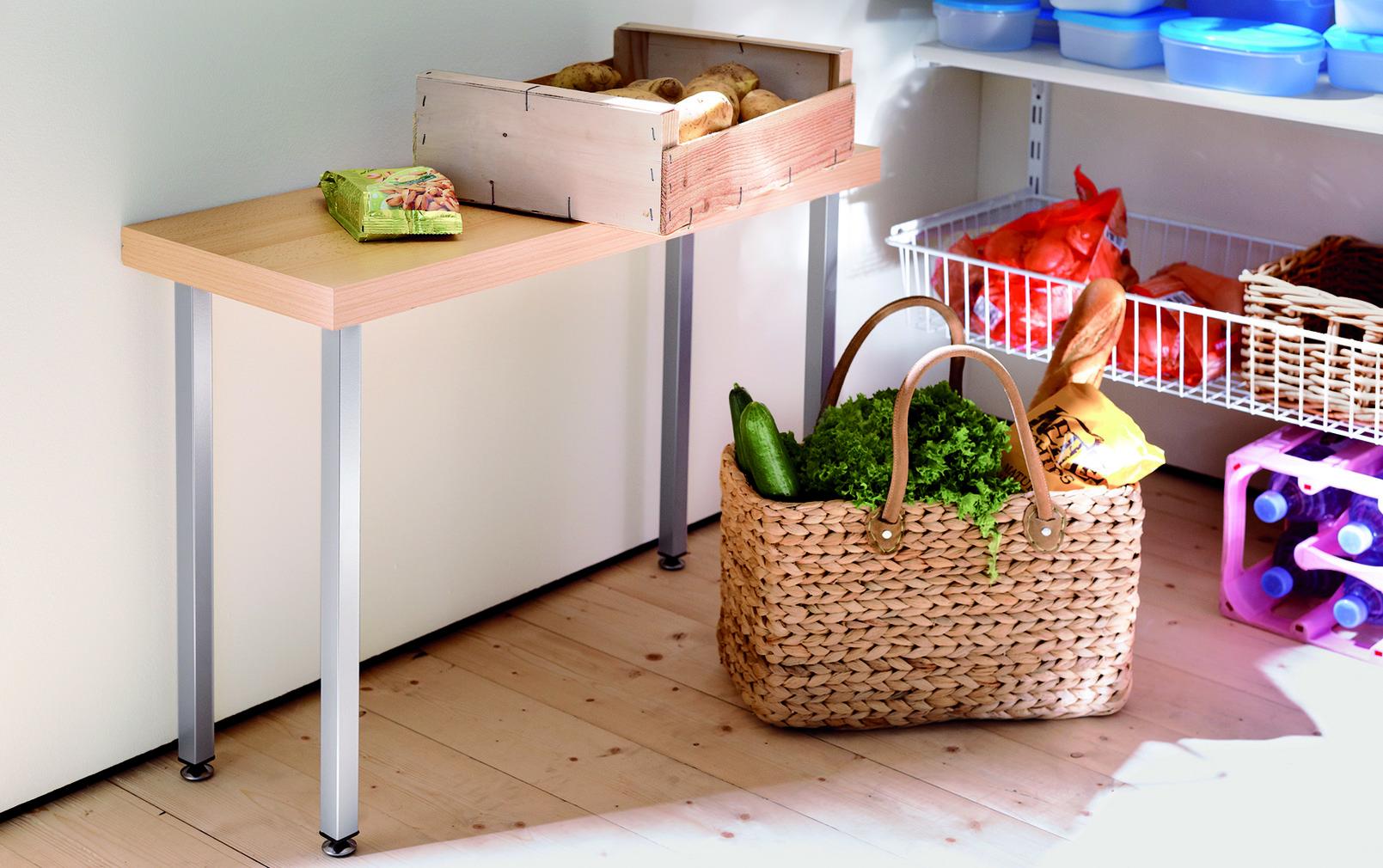 Möbel- und Tischfüsse 25/25 mm