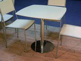 Plan de table en MDF blanc enduit et laq