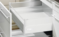 Tiroir intérne 100 TopSide système de châssis HETTICH InnoTech, blanc, hauteur châssis 144 mm